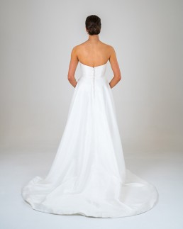 Alice wedding dress back