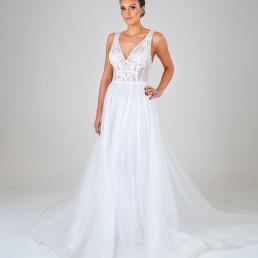 Laura wedding dress front