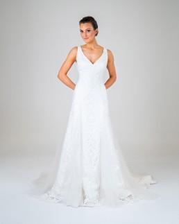 Leila wedding dress front