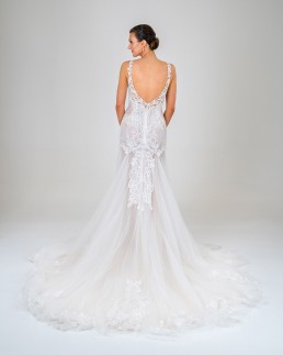 Pepper wedding dress back
